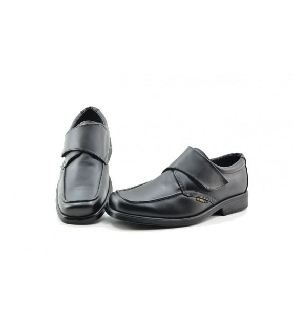 Zapatos de la marca blandos